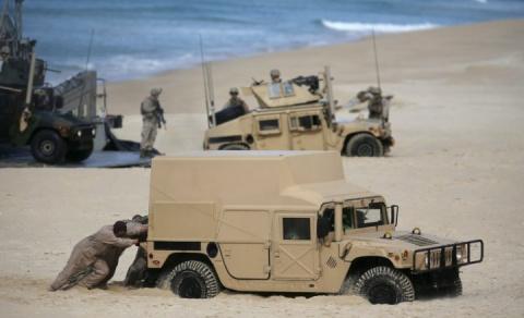 НАТО: ржавые механизмы, наполеоновские планы