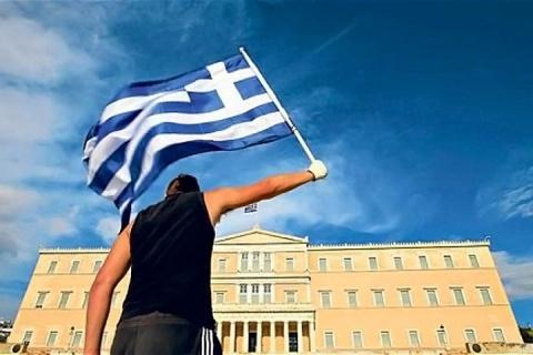 Еврогруппа одобрила очередной транш Греции на 6,7 млрд евро