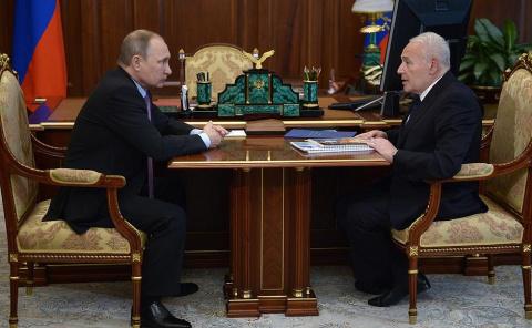 Рабочая встреча с губернатором Магаданской области Владимиром Печеным