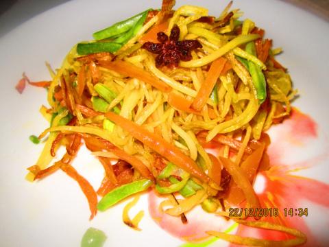 Картофель с морковью по -Китайски