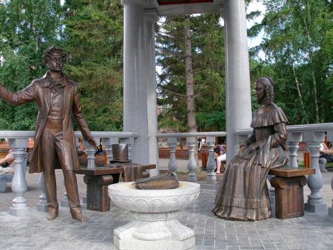 памятник Пушкину в Красноярске
