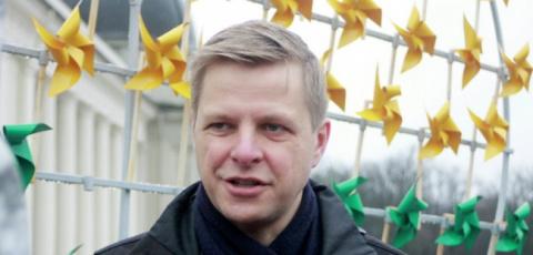 Мэр столицы Литвы отказался возвратить на мост советские скульптуры
