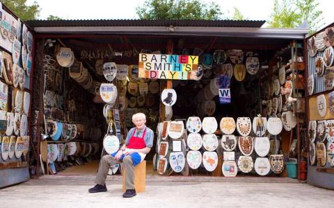 96-летний пенсионер продаёт …