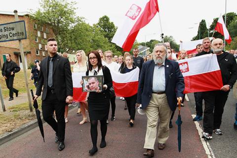 Почему польским мигрантам не…