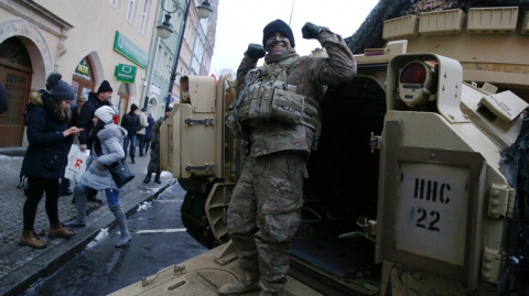На пути в Польшу бригада США…