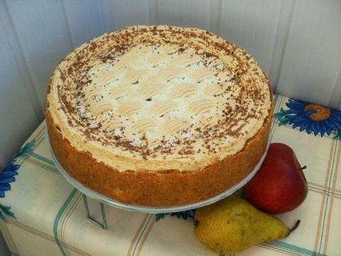 Пирог «Карамельный» с яблоками и грушей