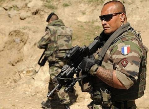 «Всё равно полезу выручать москаля», — как русские и украинцы служат в Иностранном легионе