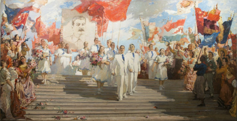 Потрясающая картина сталинской эпохи, настоящий тоталитарный гламур.