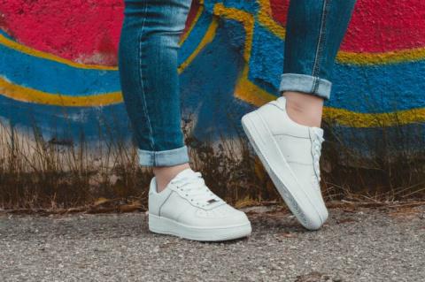 Как выбрать модную обувь на толстой подошве