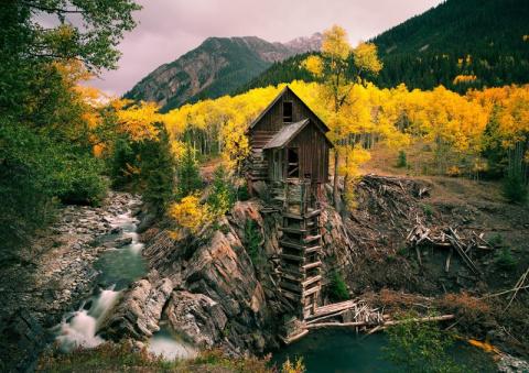 Заброшенные шахты: вид снаружи