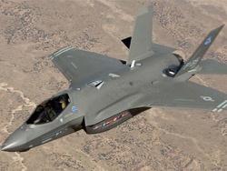 """F-35 заржавел: Пентагон уступает в """"гонке вооружений"""""""