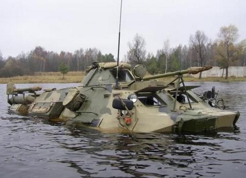 Специалисты РХБЗ ВВО в Амурской области получили новейшие командирские машины на базе БТР-60ПУМ