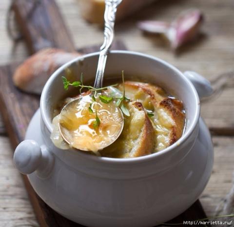ДЕНЬ ПЕРВОГО БЛЮДА. Французский луковый суп