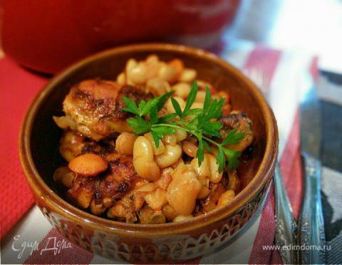 Жаркое из курицы с фасолью