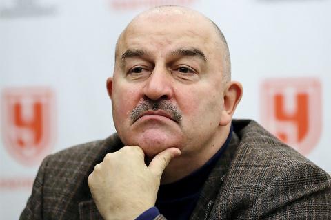 Большое интервью с Черчесовым о первой команде России — Смолове, Кокорине, штрафах, тактике и немецком языке.