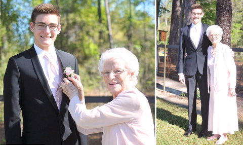 Внук взял свою бабушку в кач…