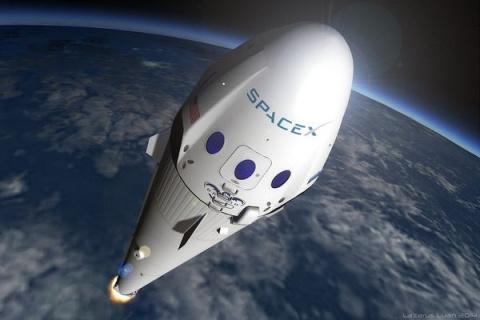 SpaceX намерена отправить туристов вполет вокруг Луны вконце 2018 года