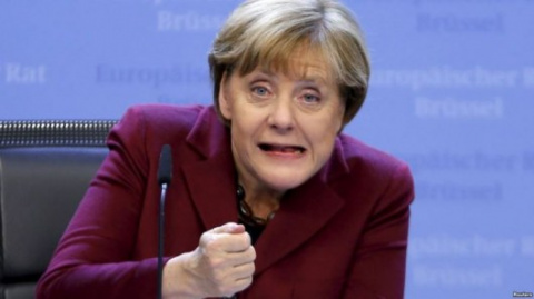 Меркель потребовала от ЕС «вместе надавить на Россию»