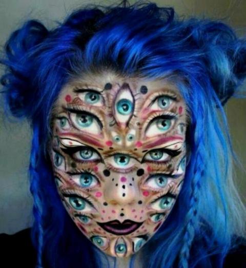 Примеры жуткого макияжа от т…