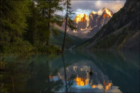 5 красивейших озёр России, которые надо увидеть каждому. Вживую!