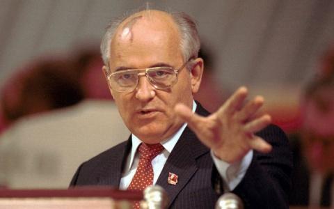 Зачем Горбачев решил начать …
