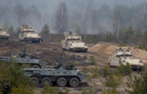 Народ Литвы не звал к себе НАТОвских бандитов, - литовский политик