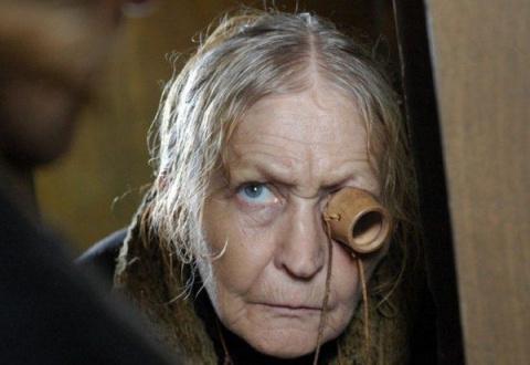 Пенсионерке грозит суд за до…