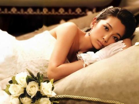 Азиатские красотки  (95 фото)