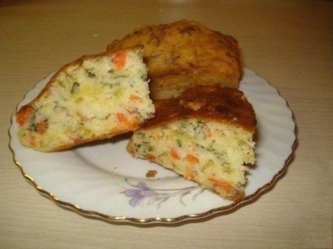Готовить такой пирог одно удовольствие: наливной пирог на кефире
