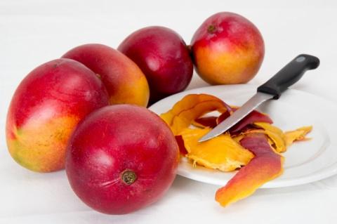В Японии два плода манго проданы на аукционе за 4 тысячи долларов