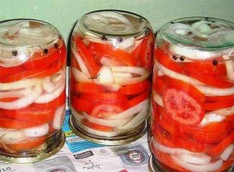 Закуска из помидоров с луком…