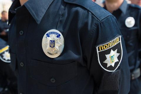 В Киеве мужчина открыл стрельбу в автобусе и скрылся