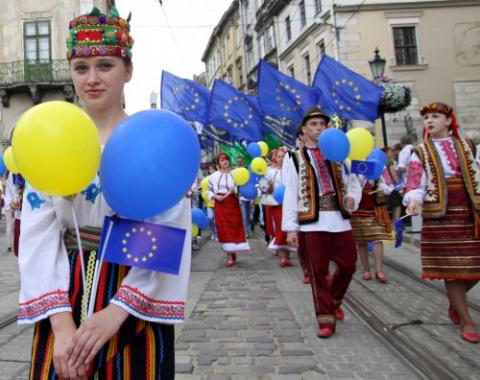 Украина входит в ЕС, а Киев …