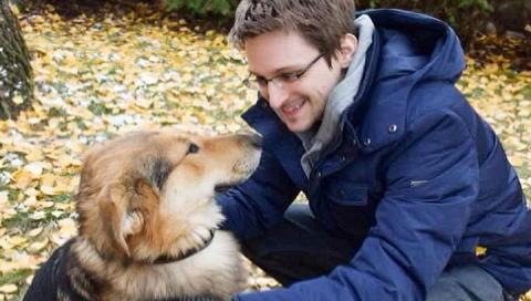 Сноудену продлили вид на жительство в России до 2020 года