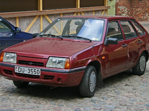 Названы самые популярные в России подержанные машины