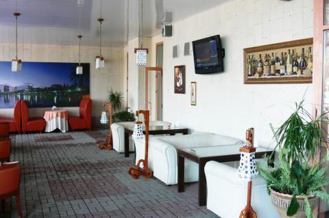 В «AMAKS Конгресс-отеле» г. Белгород открыто летнее кафе!