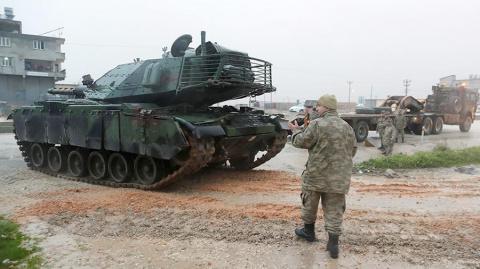СМИ: военные России покинули Африн перед началом операции Турции