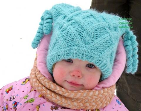 Озорная шапочка для маленькой модницы. Новогодняя мини-гирлянда, как настоящая!