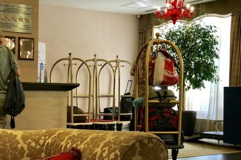 Эпичное заселение россиян в отель 5 звезд