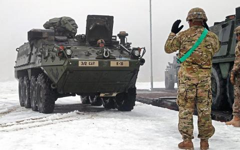 Армия США при переброске бро…