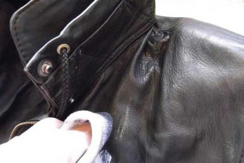 ПАМЯТКА. Как и чем почистить воротник кожаной куртки