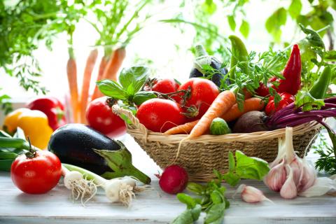 Сохраните себе эту таблицу: что после чего сажать на огороде