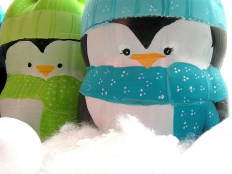 Другое рукоделие: Пингвинчики из пластиковых бутылок