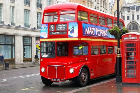 9 декабря 2005 года В Лондоне исчез многолетний символ города