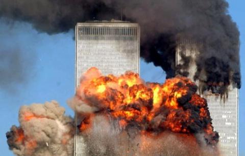 Дональд Трамп наносит сокрушительный удар: Башни ВТЦ были взорваны изнутри