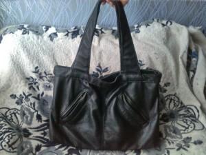 Новая кожаная сумка из старой куртки