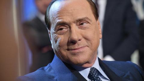 Берлускони: Россия должна ст…