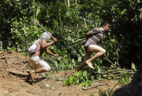 Как жители Амазонки защищают…