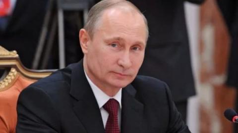 Путин занимает стратегически…