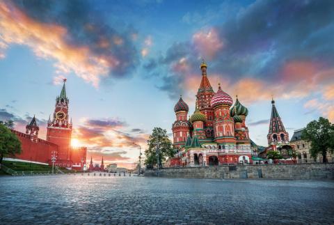 Жан-Клод Юнкер: Россия – спасение Европы